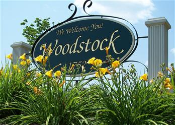 woodstock sign flowers 06 (2)_thumb.jpg